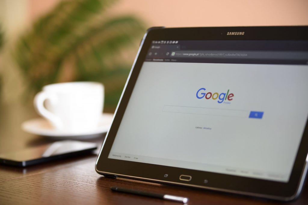 internet-search-engine-1433323_1920.jpg