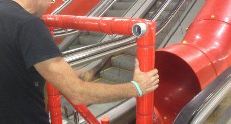 Montaje Escenario para Tobogan Vodafone en Metro Sol de Madrid